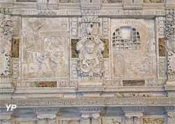 Bas-relief de la Translation des reliques de saint Mammès (XVIe s.)