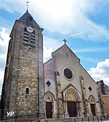 Eglise de la Sainte-Trinité à Montlhéry (doc. Yalta Production)