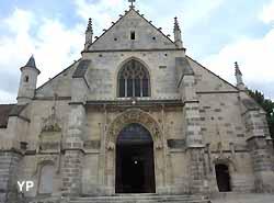 Eglise Saint-Martin à Longjumeau (Yalta Production)