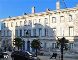Collège Pierre-Loti (Yalta Production)