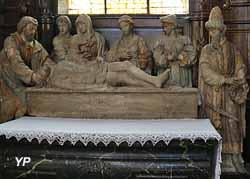 Mise au tombeau (pierre calcaire, XVIe s.)