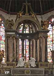 Maître autel et son baldaquin (1683-1684)