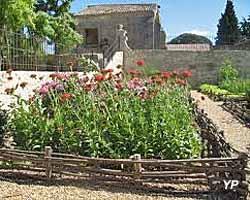 Jardin médiéval Saint-Jean-des-Anneaux (OT Béziers Méditerranée)