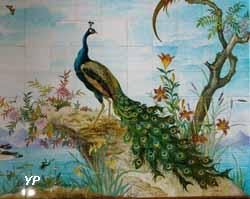 Paon - décors dans la véranda de Théodore Deck