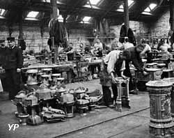Atelier de montage et d'ajustage en 1892