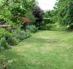 TEM, espace d'art contemporain en milieu rural et son jardin