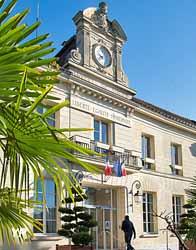 Ancien Couvent des Cordeliers - Hôtel de ville (Lhomel)