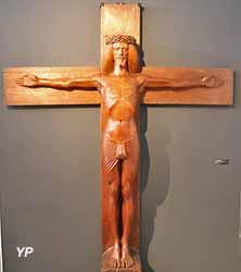 Autoportrait en crucifié (acajou sculpté, Georges Lacombe)
