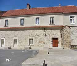 Bâtiments conventuels de l'Ancienne abbaye Saint-Pierre (C. Casters)