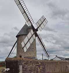 Moulins à Vent d'Ardenay (Les Moulins d'Ardenay)
