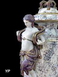 Vase, faïence, 19e s.