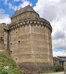 Château de Fougères - tours Raou