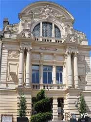 Théâtre Victor Hugo (Yalta Production)
