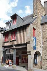 Musée Emmanuel de la Villéon