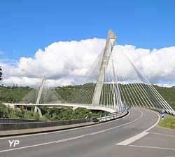 Pont haubané de Térénez