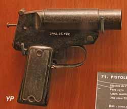 Pistolet lance-fusée de détresse Véry (1970