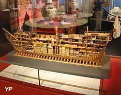 Vaisseau de la Compagnie des Indes - 950 tonneaux, 26 canons (1760)