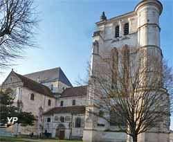 Église Saint-Étienne - tour beffroi