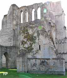 Ruines de l'abbaye Saint-Bertin (Yalta Production)