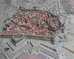 Plan et relief de la ville en 1745