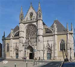 Église Saint-Éloi (Yalta Production)
