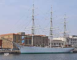Trois-mâts Duchesse Anne (Yalta Production)