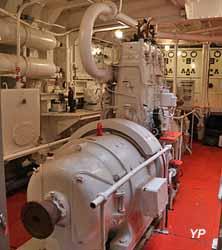 Bateau-feu Sandettié - groupe de 18 kW