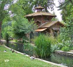 Jardin Botanique de Tours - fabriques et rivière