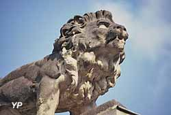 Centre Historique - chasse aux lions (Yalta Production)