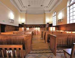 Palais de Justice de Mâcon - salle d'audience (CDAD71)