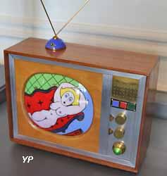 Reliquaire télé (Alexandre Burguet, 2003)