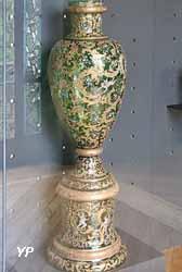 Vase (verre émaillé, manufacture Moser, Karlsbad)