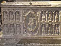Tombeau de saint Junien