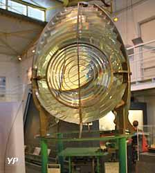 Lentille de phare (lentille de Fresnel)
