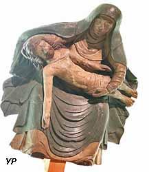 Pieta (bois polychrome, XVIe s.)