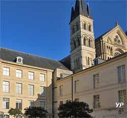 Abbaye Saint-Remi