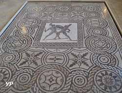 Mosaïque Des deux gladiateurs (2e siècle AP JC)