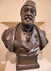 Buste de Mariette Pacha (Alfred Jacquemart)