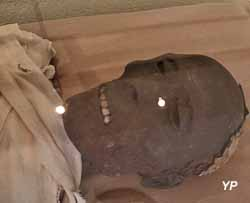 Momie d'homme : 21e - 26e dynastie