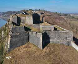 Forteresse de Charlemont (Office de Tourisme de Val d'Ardenne)