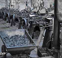 Salle des machines et poêle à charbon