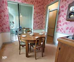 Appartement patrimonial rénové dans l'esprit des années 1930 dans la cité-jardins de Suresnes