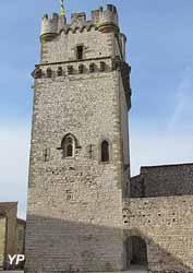 Tour Jacques Deuze (Mairie de Saint-Laurent-des-Arbres)