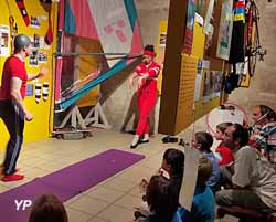 spectacle au sein de l'exposition