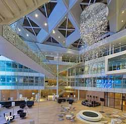 Vue intérieure du Grand Geste et de l'atrium (Alain Leduc pour Groupe ADP)