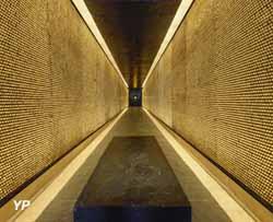 Mémoriale des Martyrs de la Déportation (Jacques Robert)