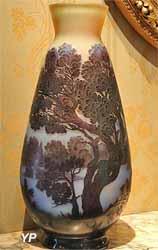 Vase à paysage lacustre (Établissements Gallé)