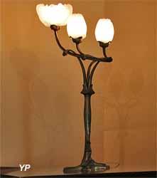 Lampe flambeau Magnolia (Louis Majorelle)