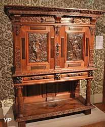 Cabinet de chène Lorain (Émile Gallé et Victor Prouvé)