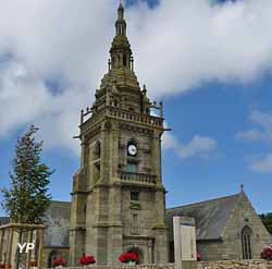 Eglise Saint-Pol Aurelien (Commune de Lampaul Ploudalmézeau)